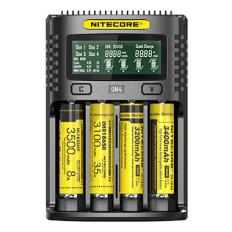 Chargeur universel Nitecore UM4
